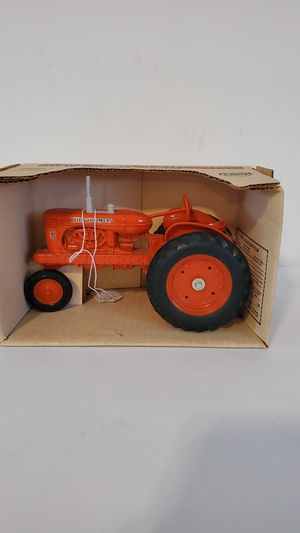 Photo 1985 Allis-Chalmers WD-45 Antique Tractor
