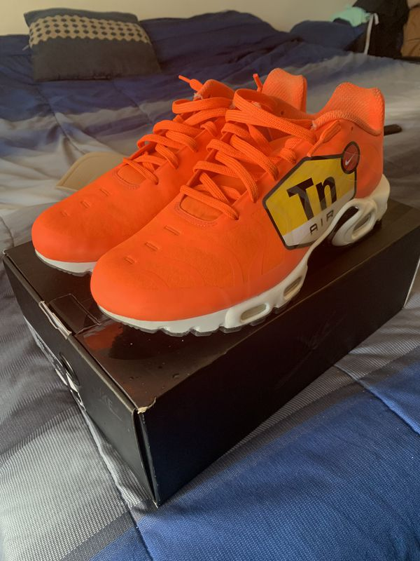 9ffc49acceb5f Nike AirMax plus for Sale in Houston