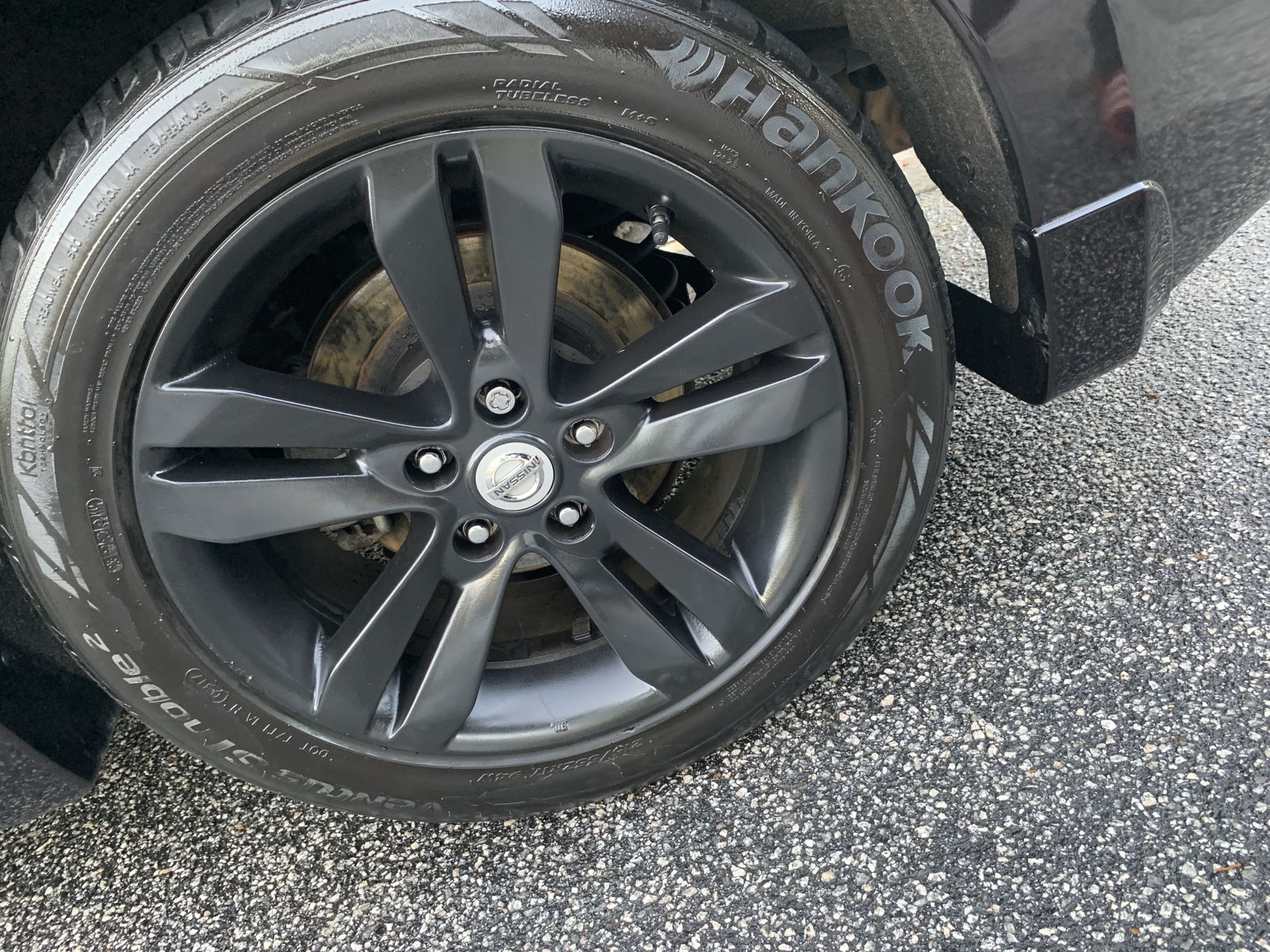 Wheel Blackout or Any Color Of Choice.
