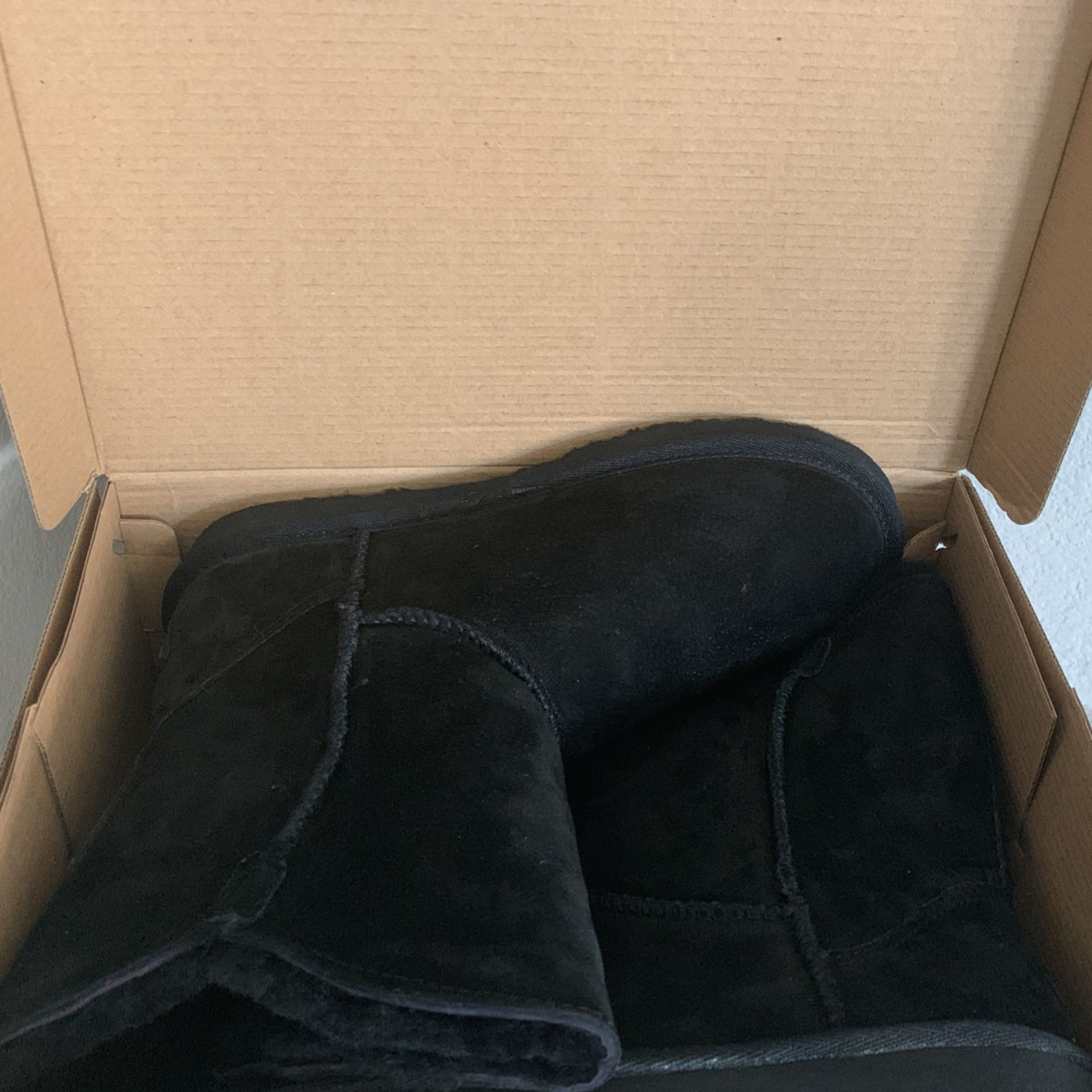 Brand New/ Never Worn Black LAM Boots