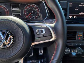 2019 Volkswagen Jetta Gli Thumbnail