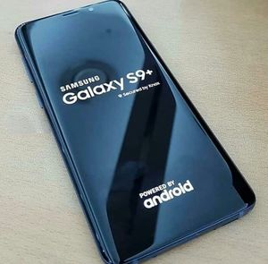 Samsung Galaxy S 9 plus ,, UNLOCKED . Excellent Condition ( as like New) for Sale in Springfield, VA