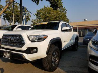 2017 Toyota Tacoma Thumbnail