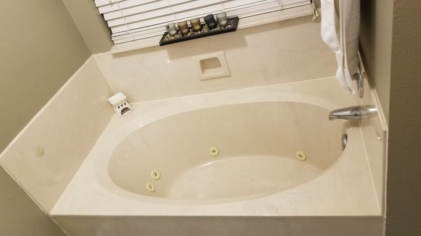 off white jet tub jacuzzi for sale in houston, tx - offerup