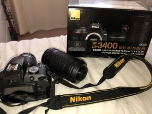 Nikon D3400 with 2 lenses. for Sale in Los Angeles, CA