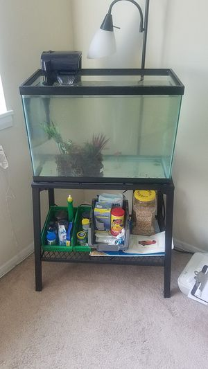 """20 Gallon Fish Tank with 27"""" Stand for Sale in Baltimore, MD"""