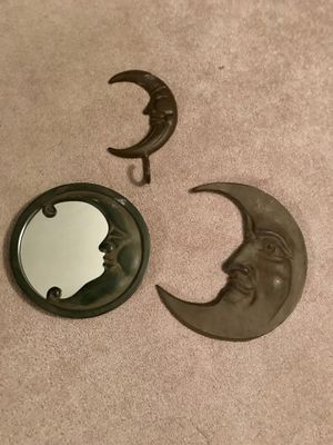 metal moon decor for Sale in Pittsburgh, PA