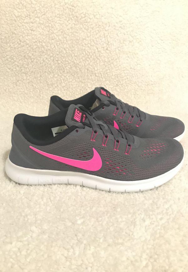 5d9ecbd43829d Brand new women s Nike free run size 5.5