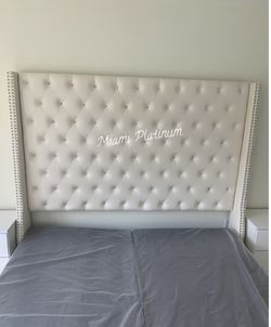 King Bed 🛌 Frame Only (Also Available In Queen And Other Colors Gray, Blue, Black)/// Financing Available  Thumbnail