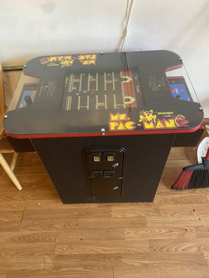 Photo Ms Pac man With 60 Games on it !!!