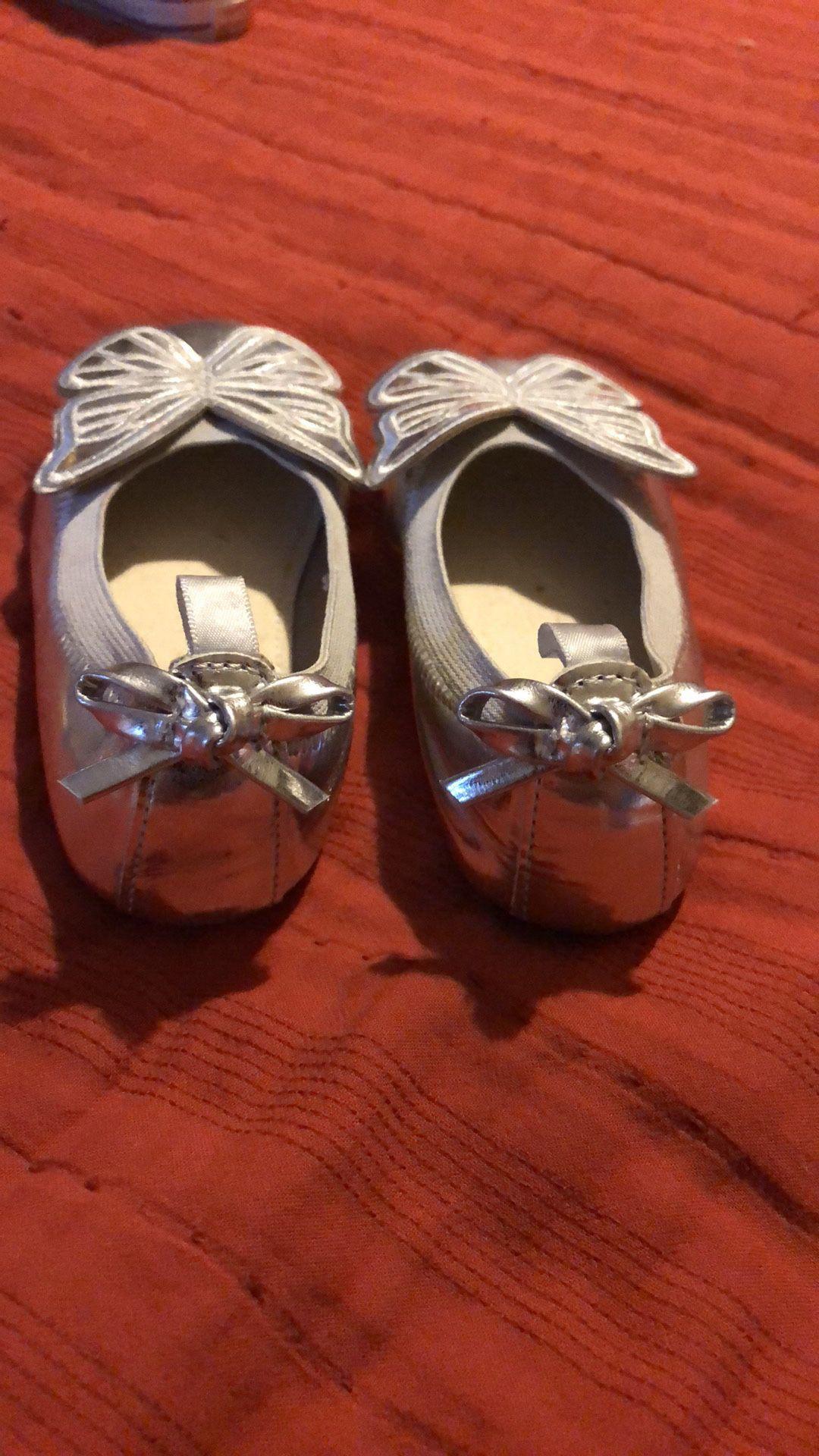 Gap and genuine kids 2 pairs