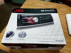 OBO JVC CD REVEIVER with Dual AUX- in front and rear and with wireless remote control for Sale in Columbus, OH