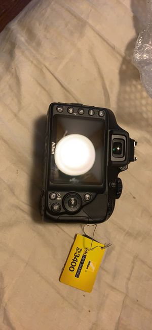 Nikon D3400 DSLR Camera w/ 18-55mm & 70-300mm Lenses for Sale in Circleville, OH
