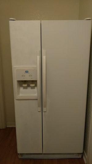 Refrigerator Roper for Sale in Tacoma, WA