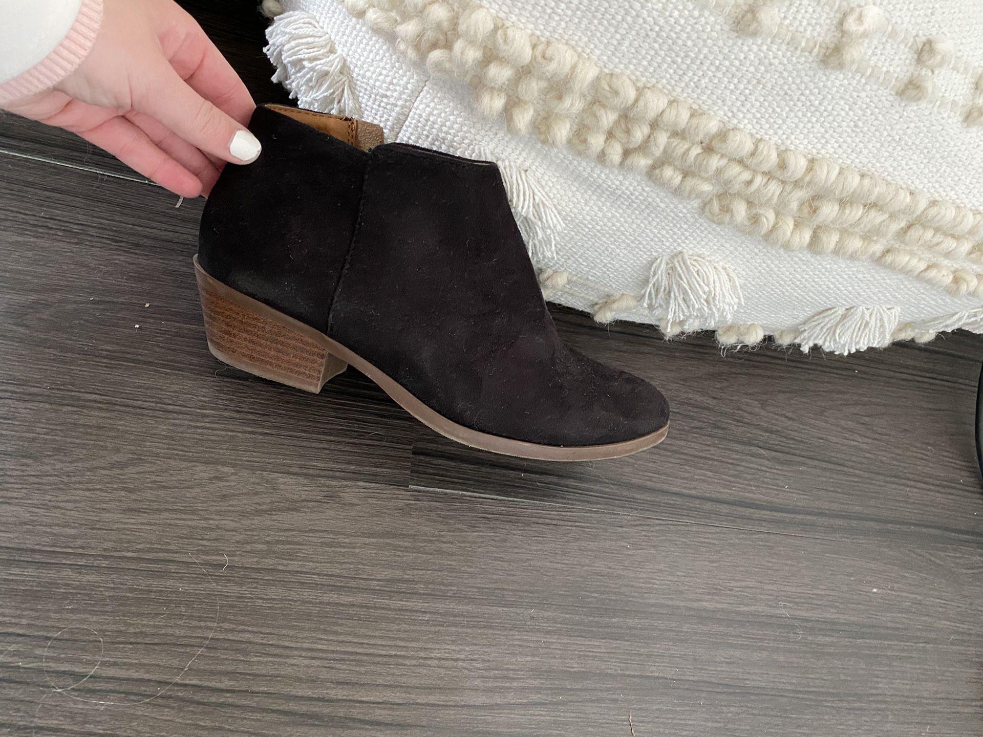 Black booties size 7