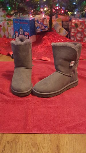 UGGS CLASSIC SHORT for sale  Fayetteville, AR