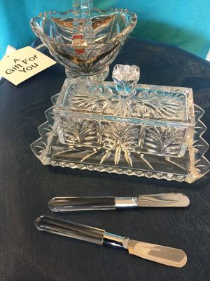 Beautiful Crystal Butter tay with knifes / Vintage Style Chrystal ✨🎁✨ for Sale in Alexandria, VA