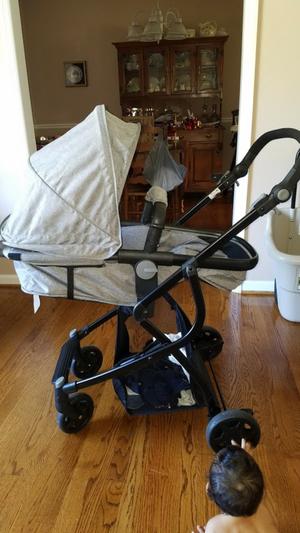 Urbini Stroller for Sale in Salem, VA