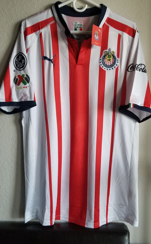 d1cd1d171 Puma men s 18 19 chivas Home JERSEY ORIGINAL for Sale in Phoenix
