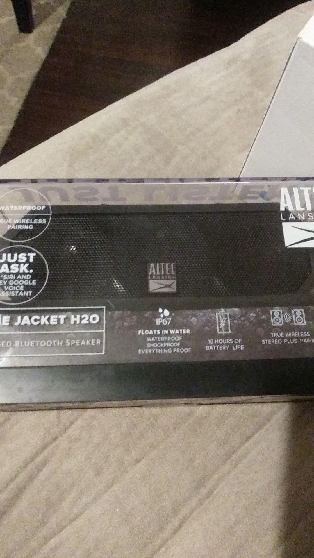 Altec the jacket H20 Bluetooth speaker