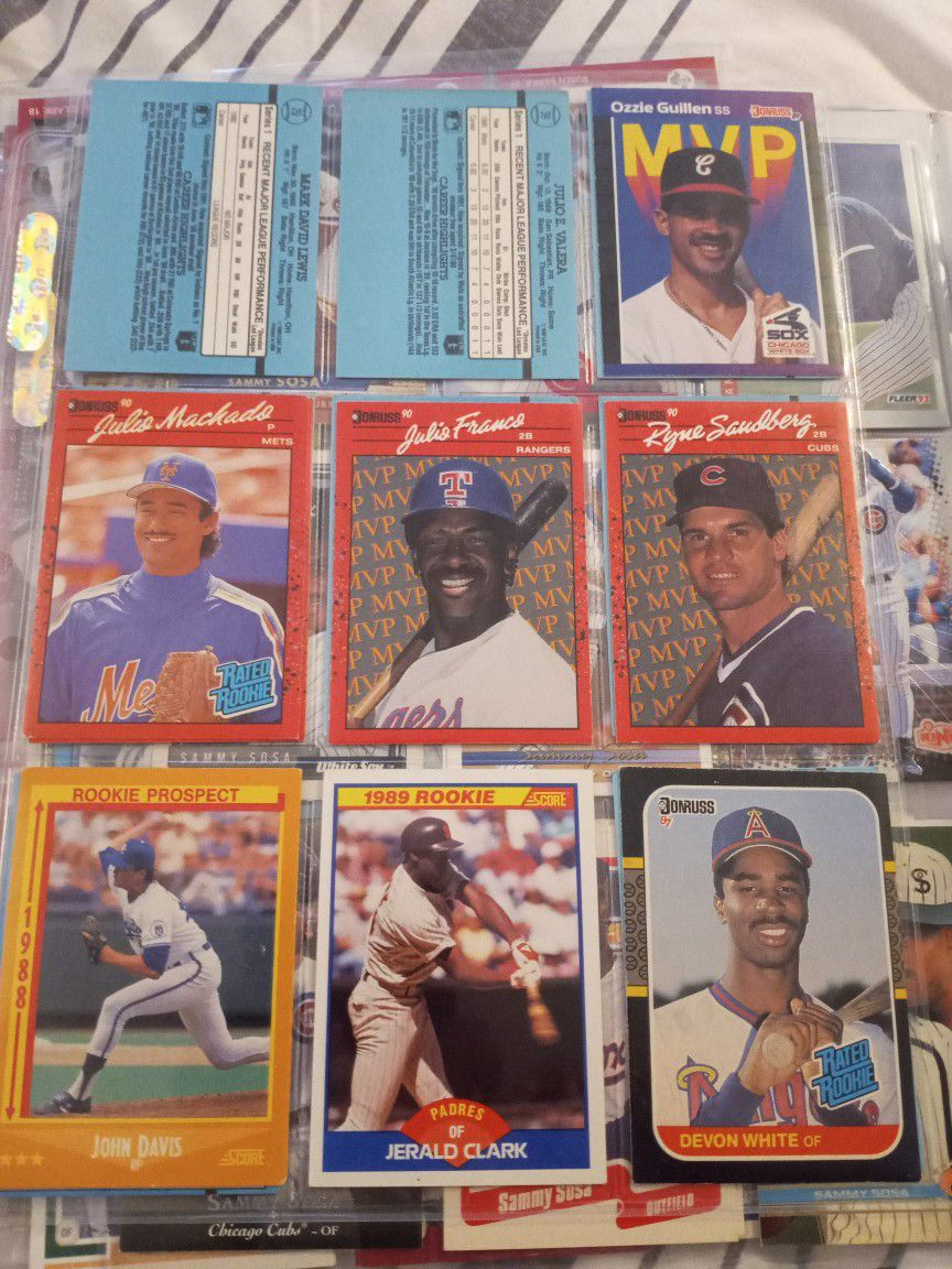 baseball,basketball and football cards ..the best bundle worth your money.