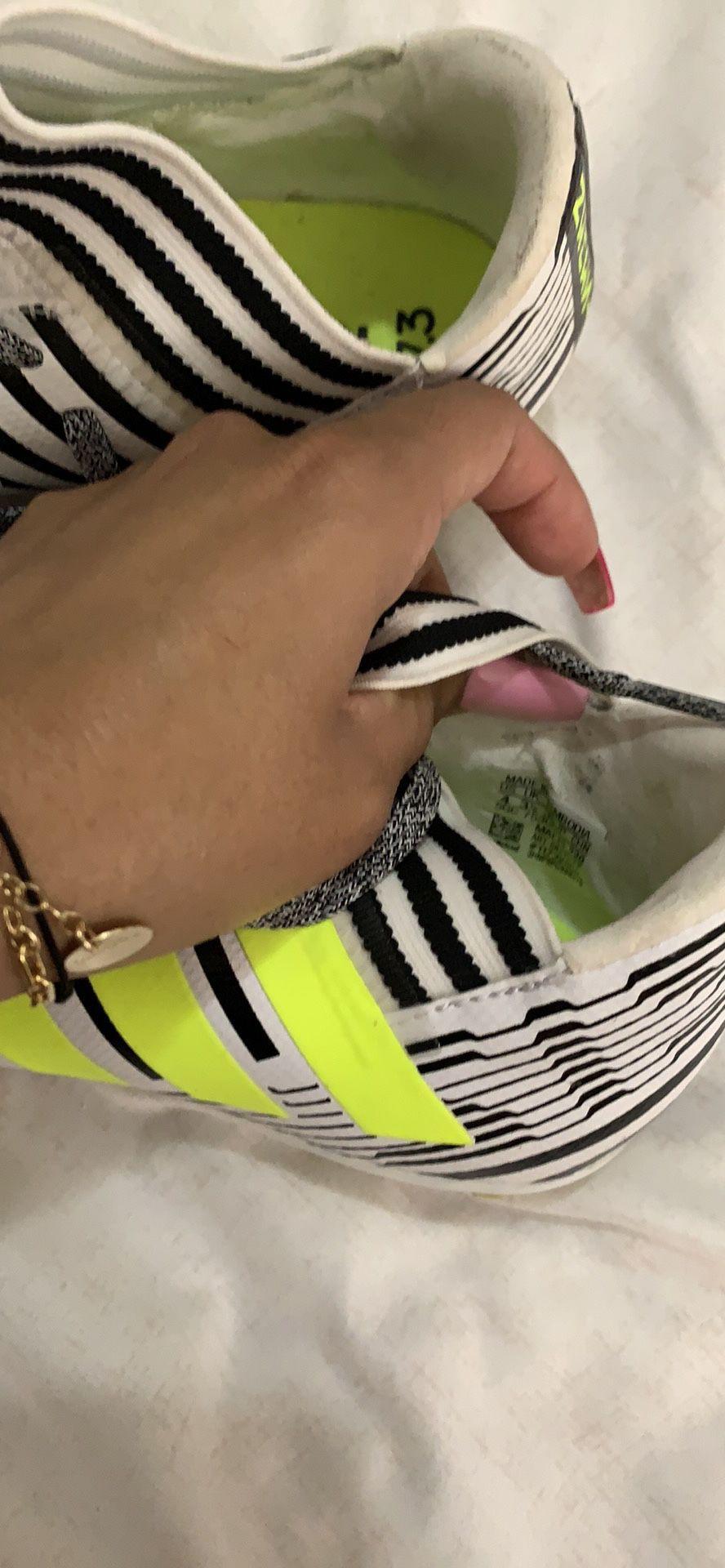 Boys adidas cleats size 4