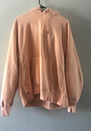 PEACH CHAMPION HOODIE SIZE (XL) for Sale in Fontana, CA