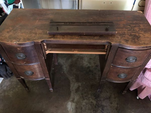 - Antique Office Desk (Antiques) In Lakewood, WA - OfferUp