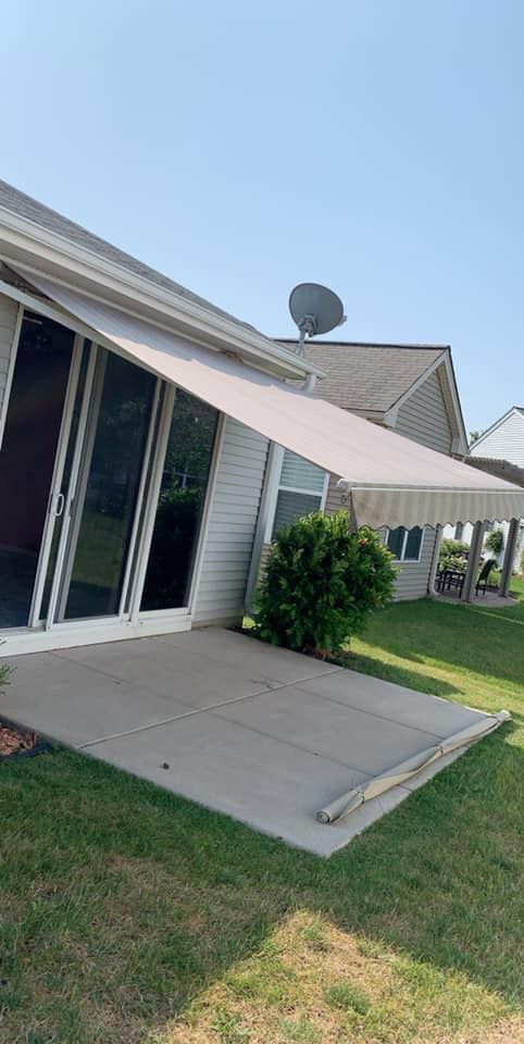 Retractable Awning For Sale In Grayslake Il Offerup