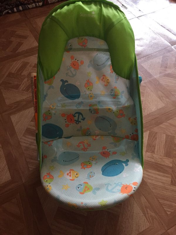 Baby bath tub chair for Sale in Miami Gardens, FL - OfferUp