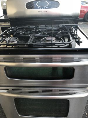 Stove Double Oven Gas Gas 5 Burners Convection Oven Stainless Steel for Sale in Kissimmee, FL