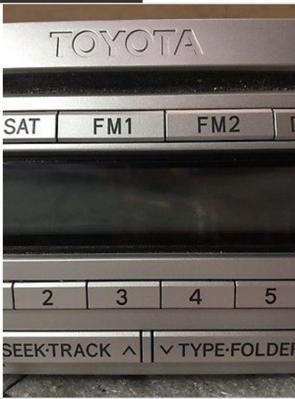 Toyota FJ Cruiser Radio 6 CD Disc Changer Mp3 Player Stereo Head