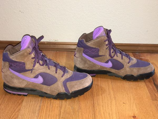 NIKE 685021 LADIES  ESCAPE  BROWN PURPLE SWISH HIKING TRAIL ANKLE BOOTS  SIZE 11 62427b667f87