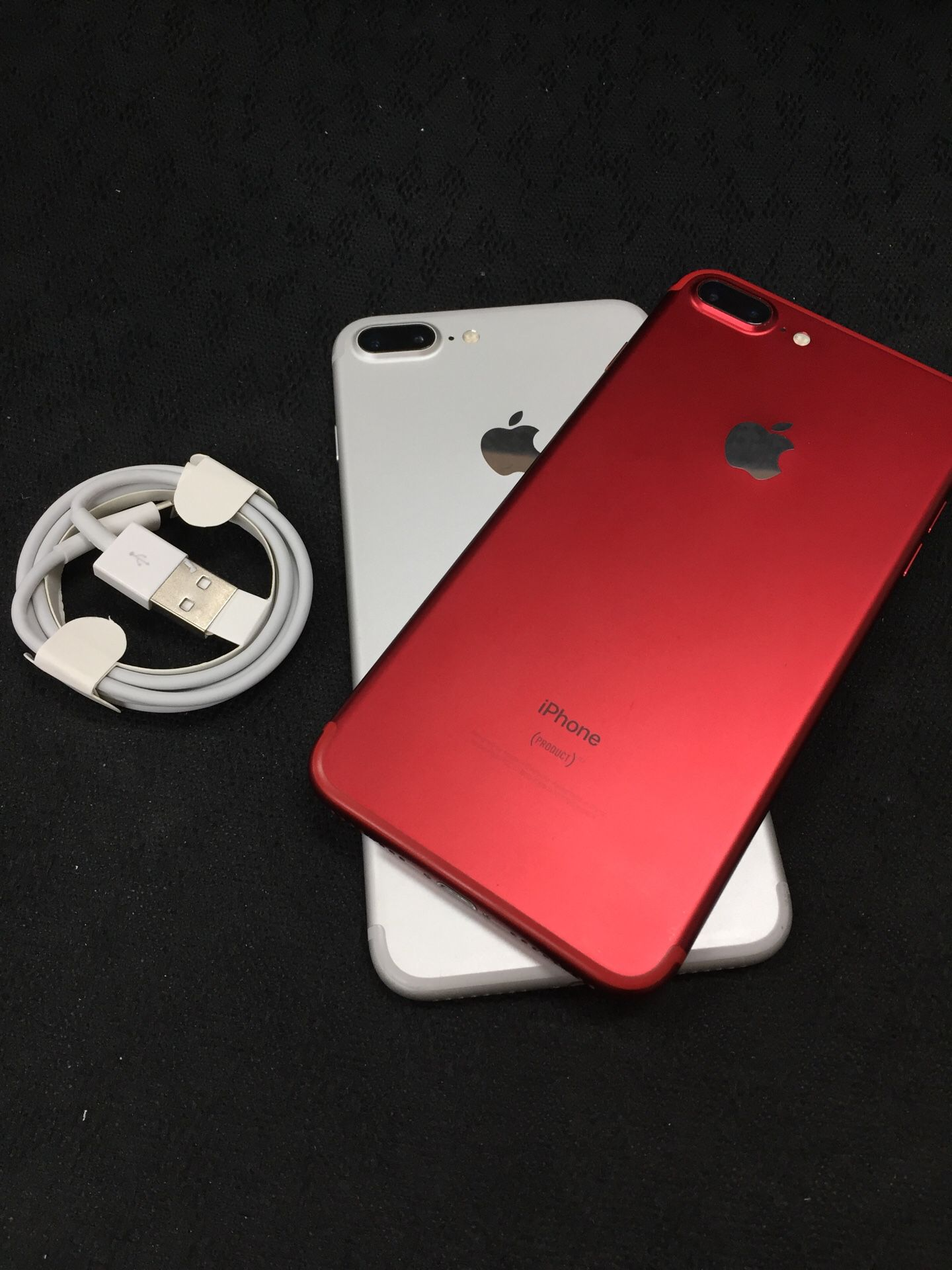 iPhone 7 Plus Unlocked like a new condition with the 30 days warranty