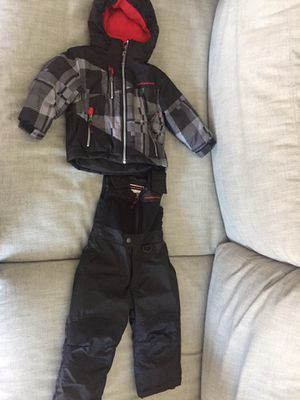 2t snow pants and jacket for Sale in Silver Spring, MD