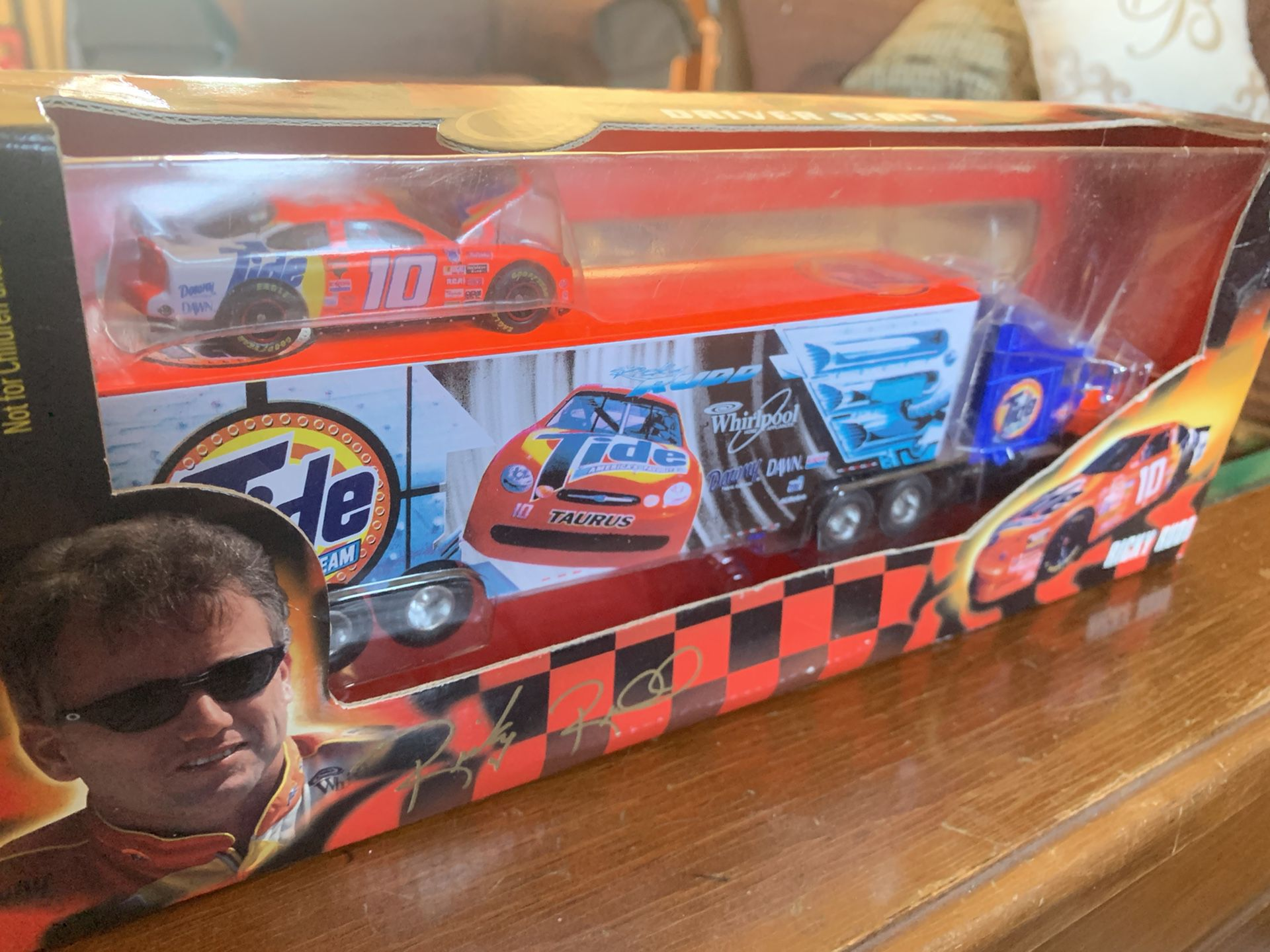 Ricky Rudd Tide 1/64 Transporter