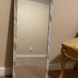 Mirror Thumbnail