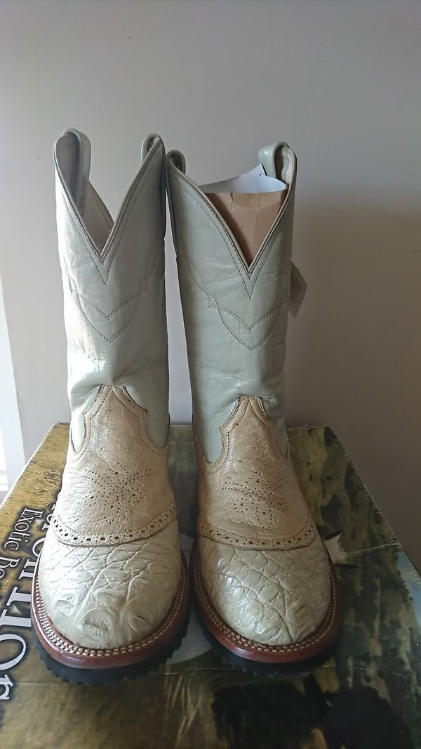 072f3d338a3 CHELTRON HORSE EXOTIC BOOTS for Sale in Oceanside, CA - OfferUp