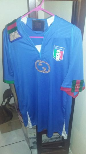 06ce87b96 Gucci Italia Soccer Jersey for Sale in Port St. Lucie