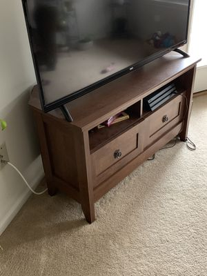 Corner TV stand for Sale in Centreville, VA