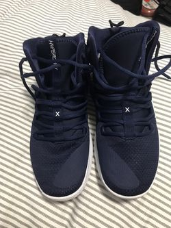 Hyper dunk basketball shoes Thumbnail