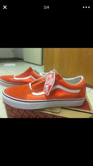 Vans men's size 11 - orange for Sale in Laurel, MD