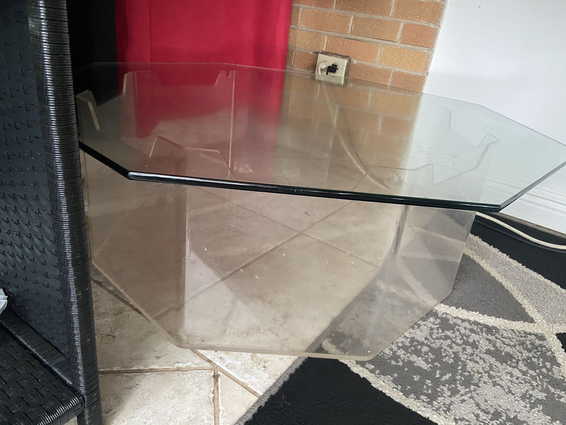 Glass Fish Octagon Table