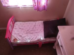 Kids toddler bed 2 of them for Sale in Dallas, TX