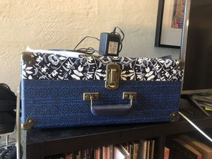 """UO Exclusive Crosby """"Vintage"""" style Record Player! for Sale in Orlando, FL"""