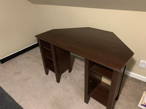 IKEA desk virtually no wear for Sale in Puyallup, WA