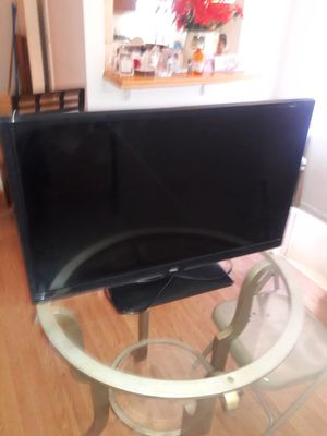 """TCL 32"""" FLAT SCREEN FOR 100 DOLLARS WILL negotiate for Sale in Washington, DC"""