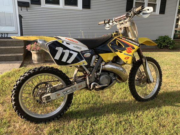2001 suzuki rm125cc 2 stroke!