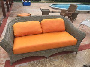 muebles de patio forrados en piel for Sale in Hialeah, FL