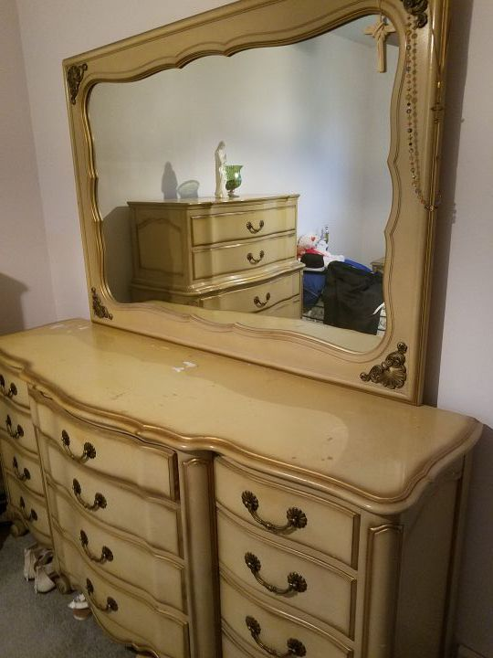 French Provincial Style Bedroom, French Provincial Furniture Chicago